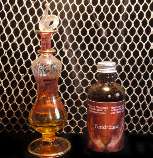 Tendresse Massage Oil Photo WEB